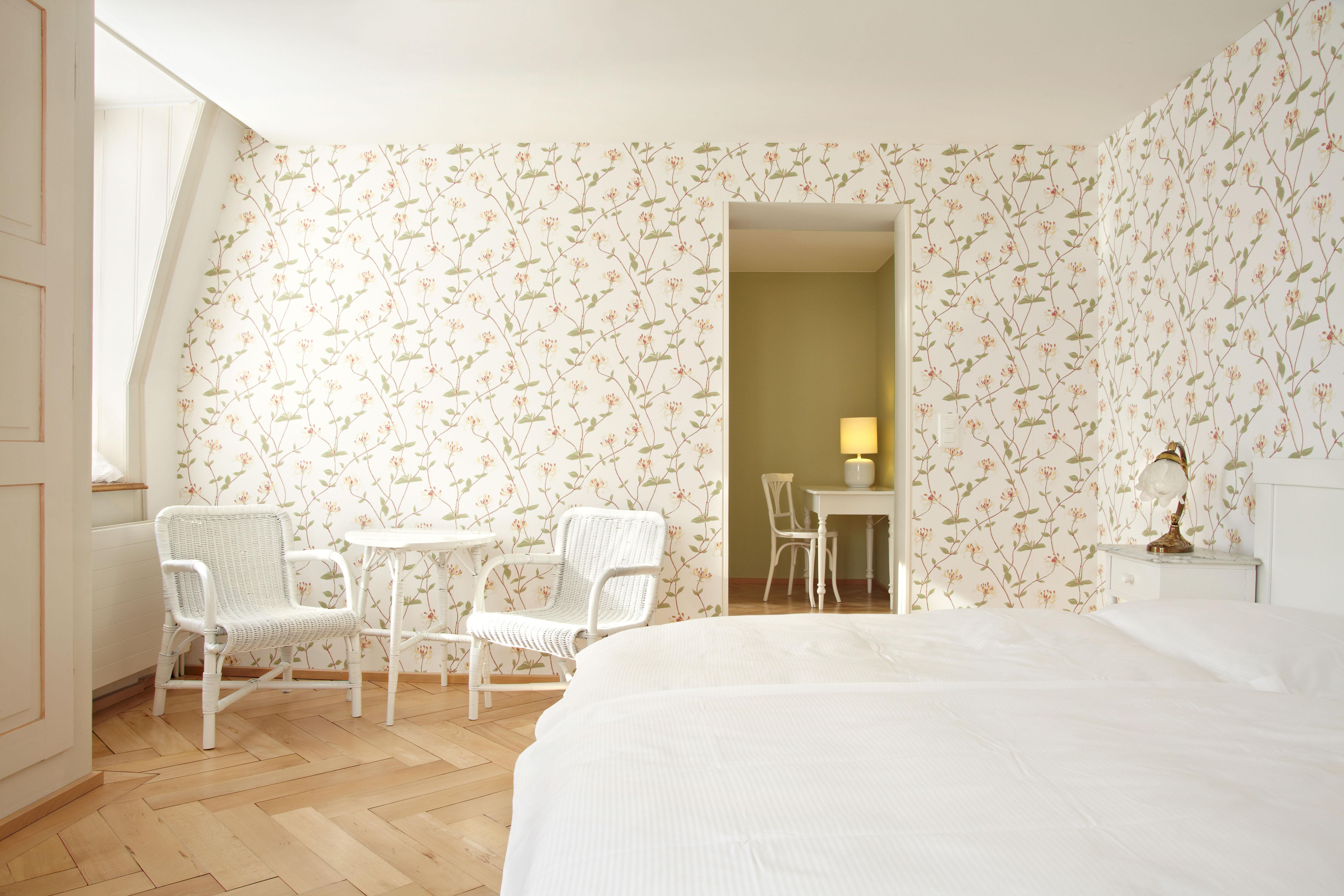 superiorzimmer 305 hotel terrasse am see. Black Bedroom Furniture Sets. Home Design Ideas