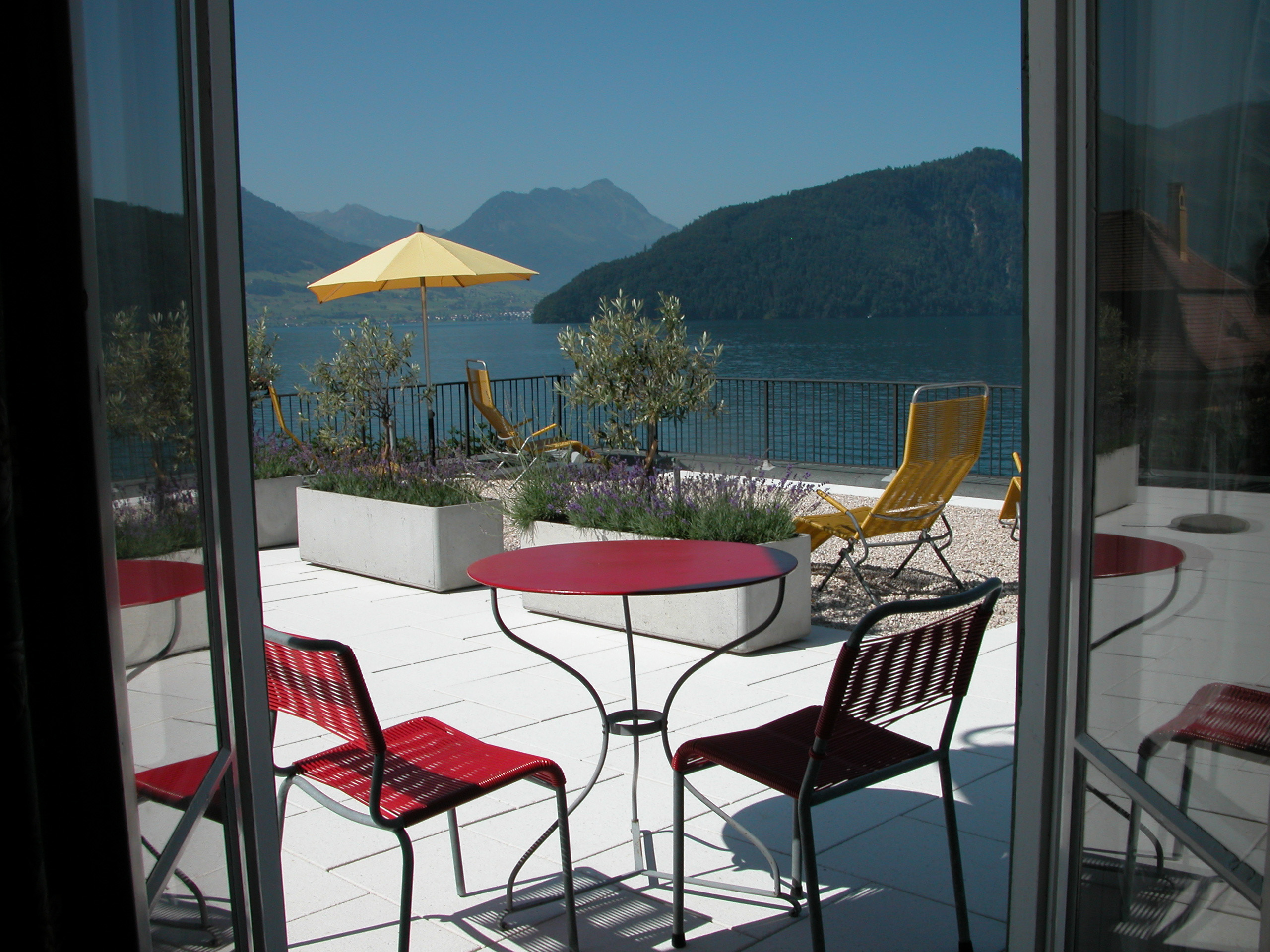 superiorzimmer balkon 105 hotel terrasse am see. Black Bedroom Furniture Sets. Home Design Ideas